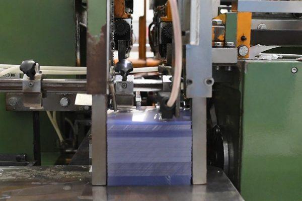 Macchinario per la realizzazione di sacchi e buste in PVC | Implast Srl