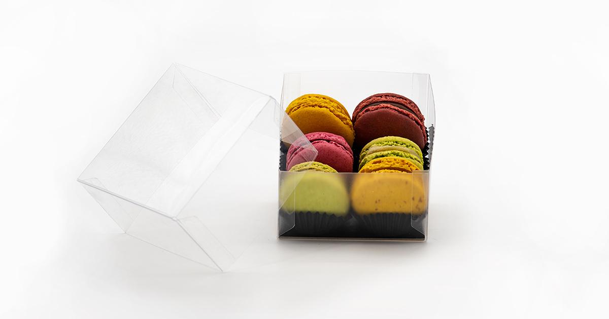 Packaging in plastic material